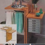 Podręczna szafka przy umywalce